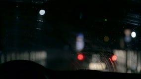 Autowischer an Tag und Nacht stock video