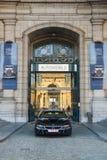 AUTOWORLD muzeum, stara samochód kolekcja pokazuje historię samochody od początku Bruksela BELGIA, GRUDZIEŃ - 05 2016 - Obrazy Royalty Free