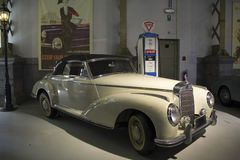 Autoworldmuseum, Brusells, België, 10 juli 2016 Stock Afbeeldingen