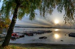Autumn湖框架在瑞典 免版税库存照片