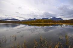 Autumn湖风景 库存照片