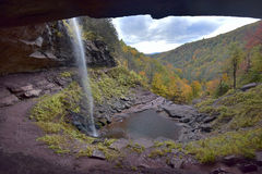 Autumn Alcove At Kaaterskill Royaltyfri Foto