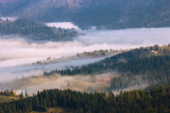 Autumn Carpathian-Landschaft Lizenzfreie Stockfotografie