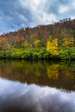 Autumn color and pond at Julian Price Park, near Blowing Rock, N Royalty Free Stock Images