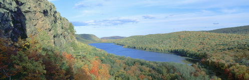 Autumn color at Porcupine State Park Royalty Free Stock Images