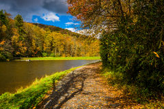 Autumn color and trail at the Trout Lake in Moses H. Cone Park. On the Blue Ridge Parkway, North Carolina Stock Photography