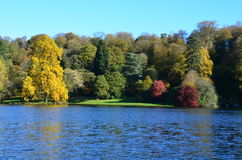 Autumn Colours, Stourhead-Gärten, Wiltshire Stockbilder