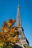 Autumn Eiffel Tower en París Fotografía de archivo libre de regalías