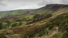 Autumn Fall-Landschaft von Mam-Felsen im Höchstbezirk Großbritannien Lizenzfreie Stockfotografie