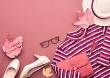 Autumn Fashion Lady Clothes Set Hojas vendimia Foto de archivo libre de regalías
