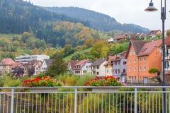 Autumn Gernsbach-stadslandschap in Duitsland Stock Afbeelding