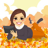 Autumn Girl Park Tablet Image libre de droits