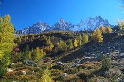 Autumn high mountain lanscape Royalty Free Stock Photos