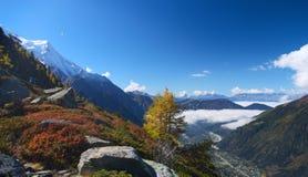 Autumn high mountain lanscape Stock Photography