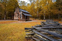 Autumn at the John Oliver Cabin. In Cades Cove in Great Smoky Mountains National Park, Tennessee Stock Photos