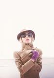 Autumn Lady Encanto del sombrero y de los guantes Imagen de archivo libre de regalías