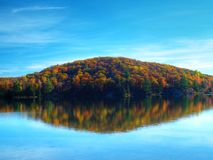Autumn lake Royalty Free Stock Images