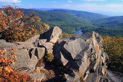 Autumn Lake In Vihorlat Mountains Royalty-vrije Stock Afbeeldingen