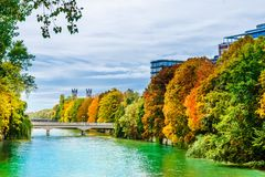 Free Autumn Landscape And Isar River In Munich - Bavaria Royalty Free Stock Images - 116016659