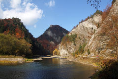 Autumn landscape with The Dunajec River Gorge in Pieniny Mountains. In Poland Stock Photos