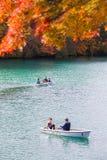 Autumn Leaves i Goshikinuma sjön, Fukushima royaltyfri foto