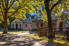 Autumn Log Cabin Fotografia Stock Libera da Diritti