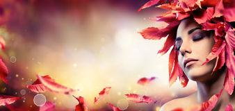 Autumn Makeup With Red Leaves Foto de Stock Royalty Free