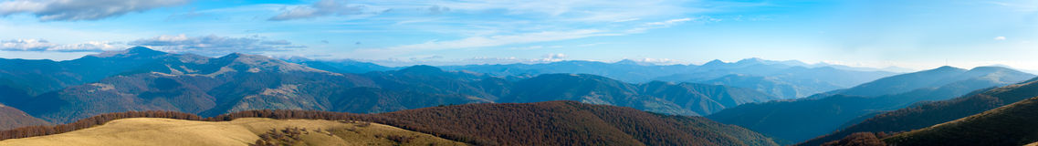 Autumn misty mountain panorama Royalty Free Stock Photography
