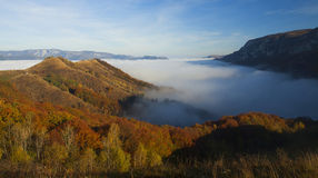 Autumn morning in the mountains Royalty Free Stock Photos