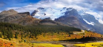 Autumn Mountains Landscape, Banff National Park, Canada. Scenic autumn landscape and mountains in Canadian Rockies. Banff National Park. Alberta, Canada Royalty Free Stock Image