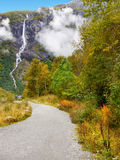 Autumn Mountains, Watervallen, Noorwegen Stock Foto