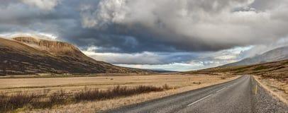 Autumn Panorama du ` s Ring Road de l'Islande Photos stock
