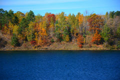 Autumn At Portsmouth Mine Lake - Minnesota royalty-vrije stock foto's