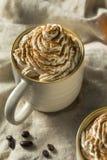 Autumn Pumpkin Spice Latte Coffee dolce fotografia stock libera da diritti