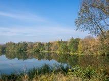 Autumn River Lizenzfreies Stockbild