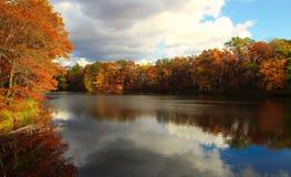 Autumn River Bliss fotografie stock