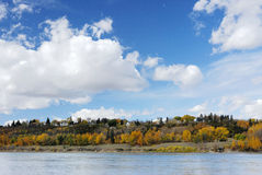 Autumn riverside scene in edmonton Royalty Free Stock Photos