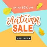 Autumn Sale Fashionable Banner Template avec l'automne coloré part sur le fond bleu à la mode lumineux Photos stock