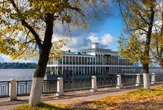 Autumn season on river Volga Royalty Free Stock Photos