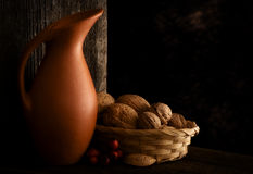 Autumn Still Life mit Krug Lizenzfreies Stockbild