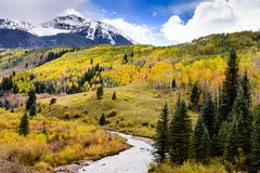 Autumn Storms Dominate le paysage du Colorado sur le MESA de soleil photos stock