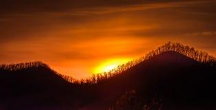 Autumn Sunrise Along Blauw Ridge Parkway in Noord-Carolina royalty-vrije stock foto's