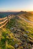 Autumn Sunrise Along Mountain Ridge vibrante Immagini Stock Libere da Diritti