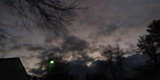 Autumn Sunset Sky colorido fotografia de stock