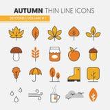 Autumn Thin Line Icons con los regalos lluviosos del tiempo y de la naturaleza del paraguas Fotografía de archivo libre de regalías