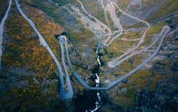 Autumn Trollstigen-weg in Noorwegen royalty-vrije stock foto