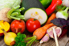 Autumn Vegetables Beets, Uien en Wortelen stock foto