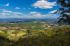 Autumn View des Piemont-Tales stockfoto