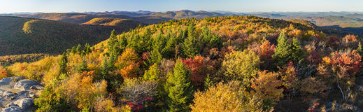 Autumn View North från Hadley Mountain Arkivfoto