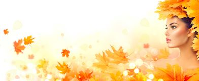 Free Autumn Woman. Fall. Beauty Model Girl With Autumn Bright Leaves Royalty Free Stock Photography - 100536567